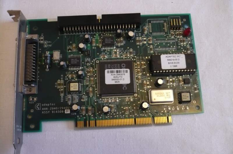 Adaptec AHA-2940 32 BIT PCI-To-Fast SCSI Host Adapter